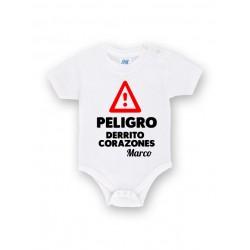 Body bebé personalizado peligro derrito corazones